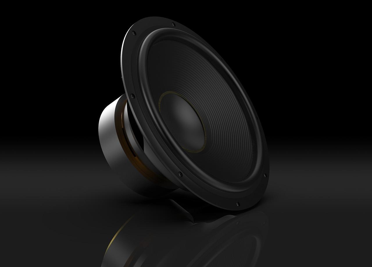 Stojak na głośniki – na co zwrócić uwagę przy zakupie